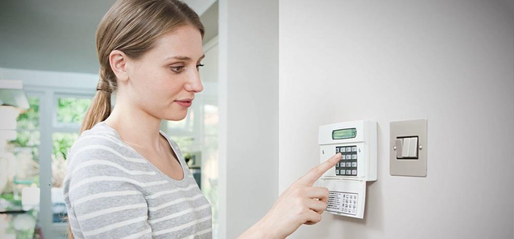 Cómo instalar y desactivar la alarma doméstica